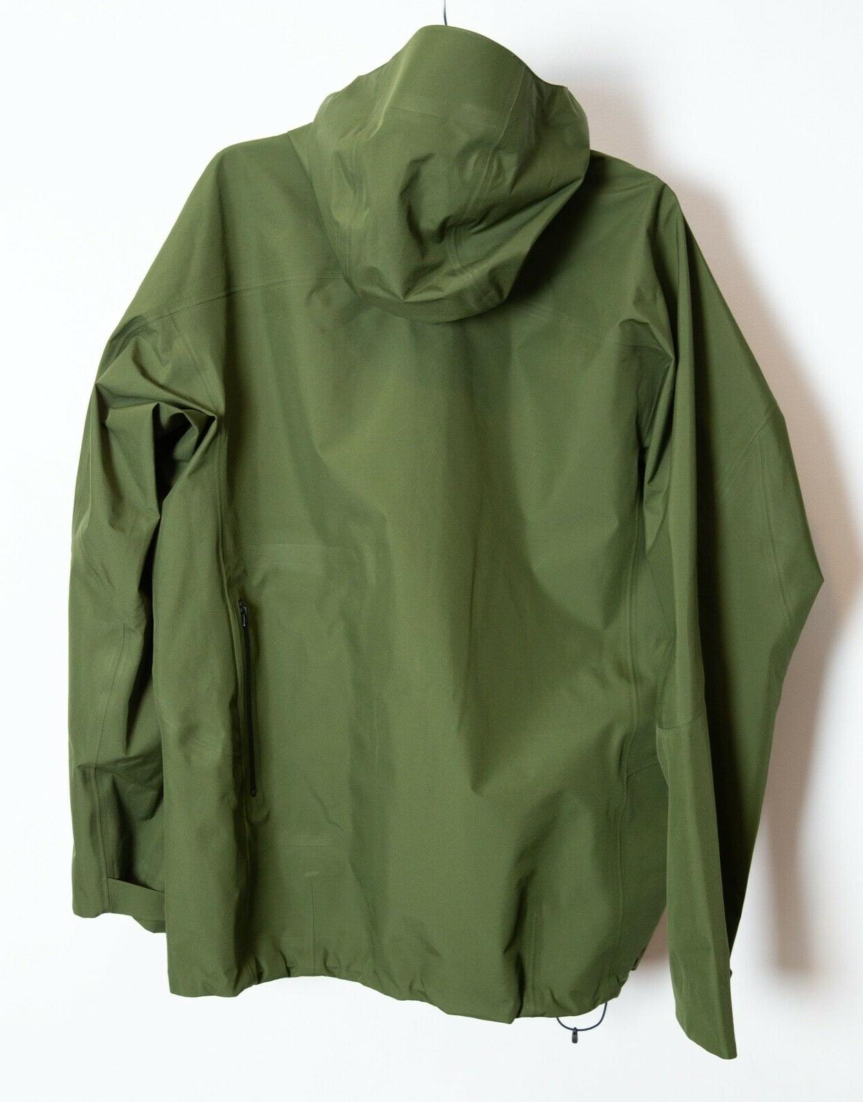 Goldwin Gore-Tex Large Jacket Olive Green
