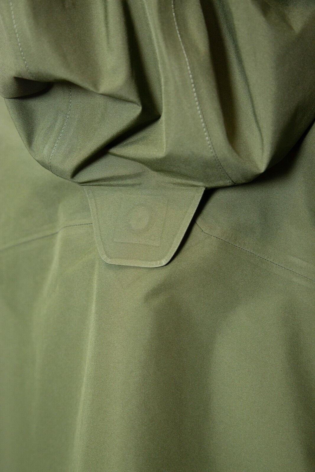 Goldwin Gore-Tex Men's Jacket New Olive
